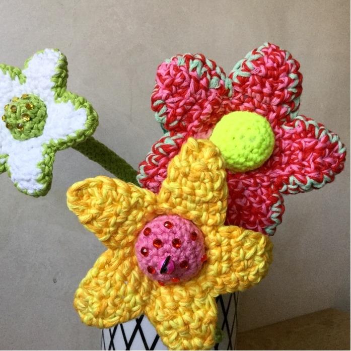 Häkelanleitung große Blumen - WollLolli®
